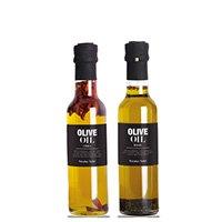 Olie, vineddike og salat-dressinger